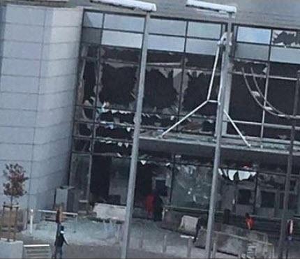 Τρομοκρατικό Χτύπημα του ISIS στο Αεροδρόμιο και το Μετρό των Βρυξελλών.
