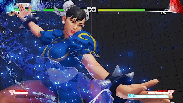 Chun-Li a girl wearing qipao and ox-horn preparing to fight Ken