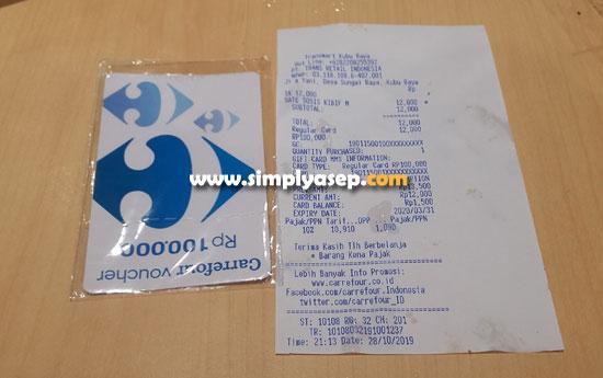 STRUK FOOD COURT:  Seperti inilah struk belanja makanan di FOOD COURT Transmart Carrefour yang sudah dibar code scan dengan kartu vouchernya .  Foto Asep Haryono
