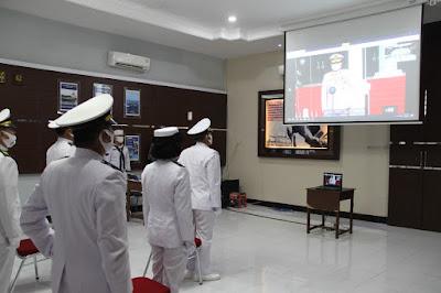Terapkan Protokol Kesehatan Lanal Mataram Ikuti Upacara HUT TNI AL Secara Virtual