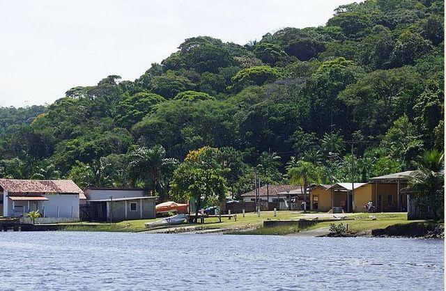 Vila do Ariri.