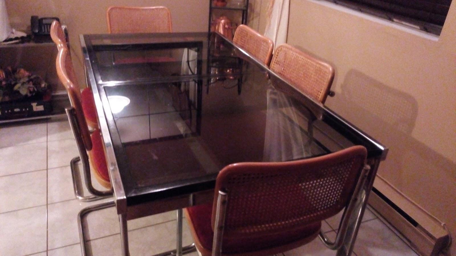 Nouvelles des navigateurs a vendre set salle a d ner for Chaise du capitaine
