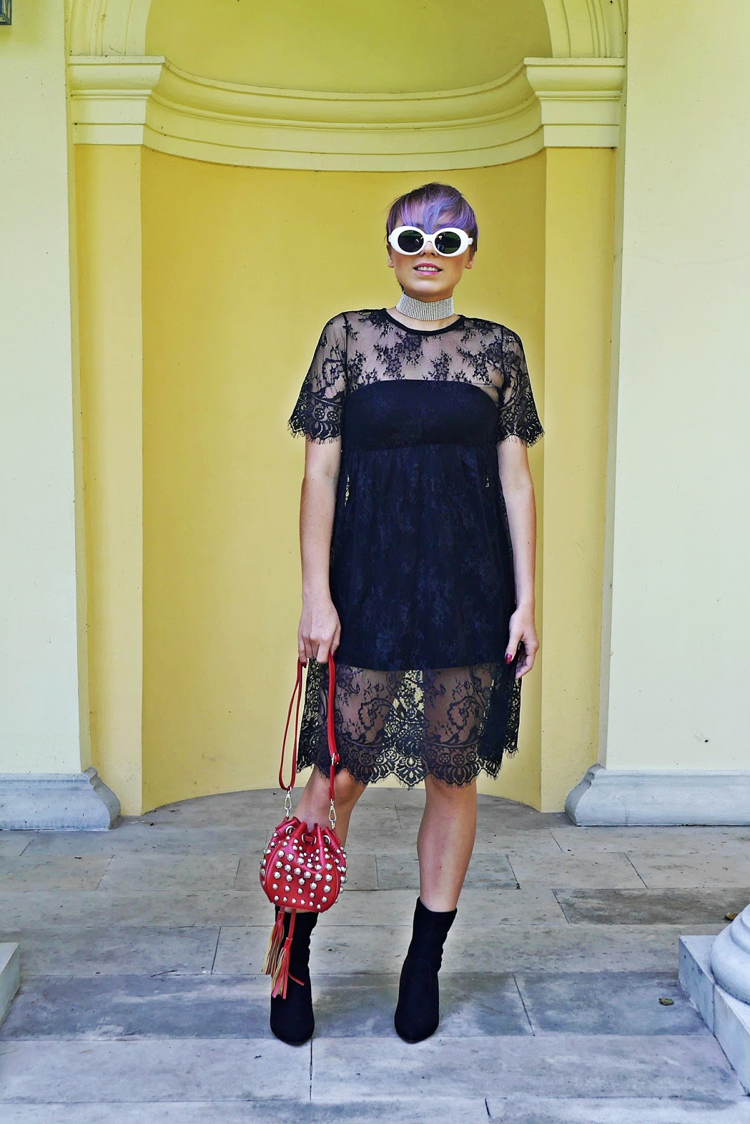 1_rosegal_lace_dress_red_bag_studs_socks_shoes_boots_white_retro_sunglass_karyn_blog_130917c
