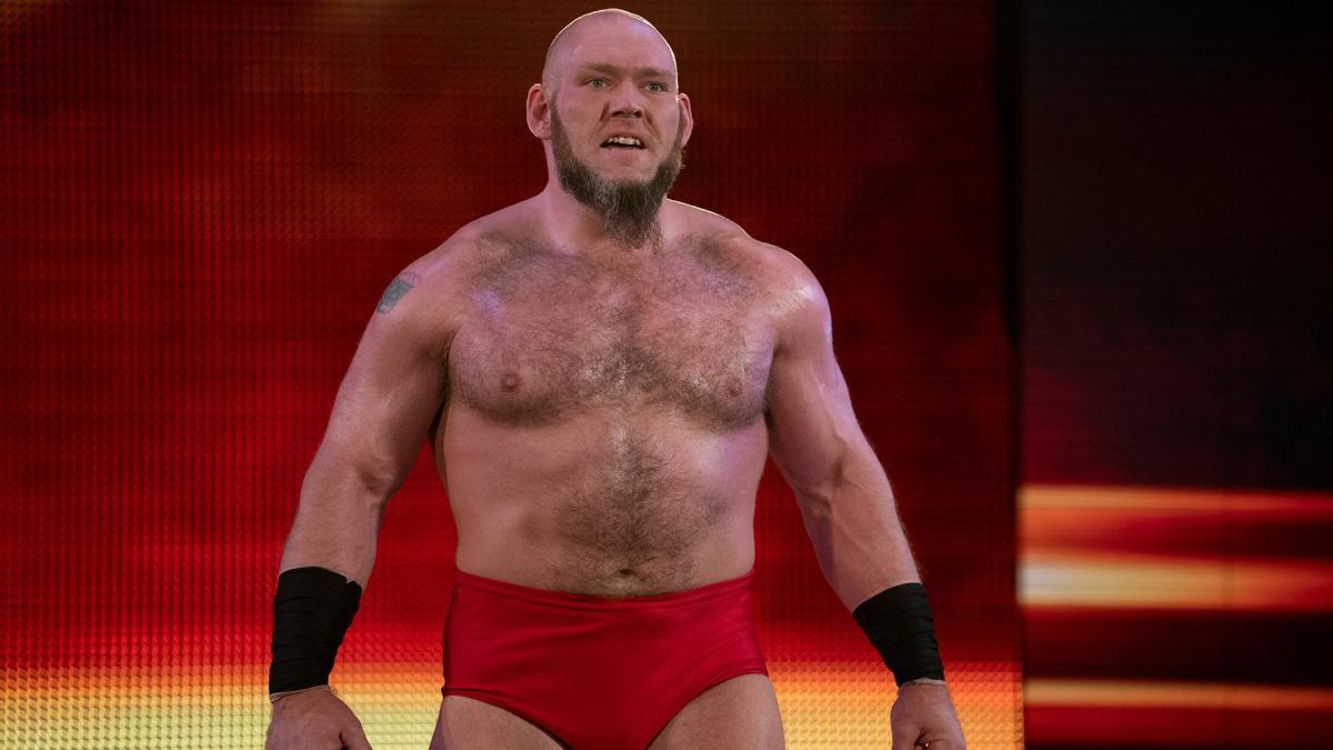 Atual status de Lars Sullivan na WWE