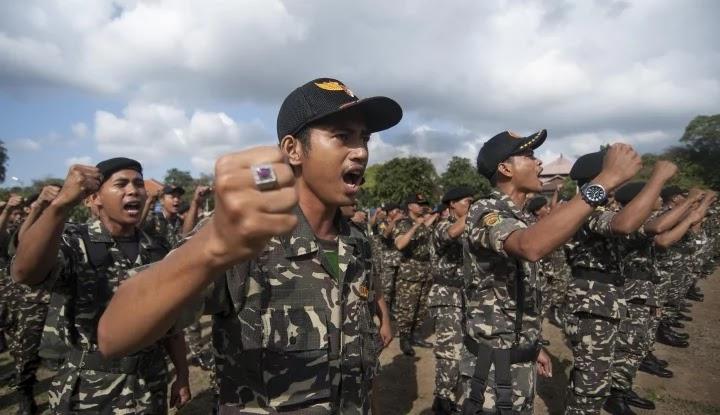 Hina Ulama dan Jokowi, Simpatisan HTI Digrebek Banser
