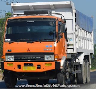 Sewa Mobil Dump Truck di Padang