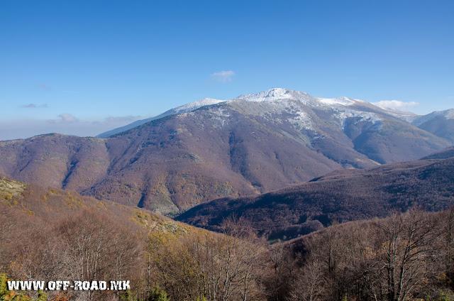 Планинарска патека Св. Спас - Св. Ана во близина на село Маловиште