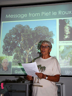 Barbara Curtis delivering a message from Piet le Roux