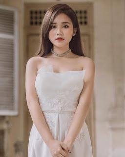 Nữ sinh Sài Gòn sở hữu gương mặt khả ái, vóc dáng chuẩn đẹp