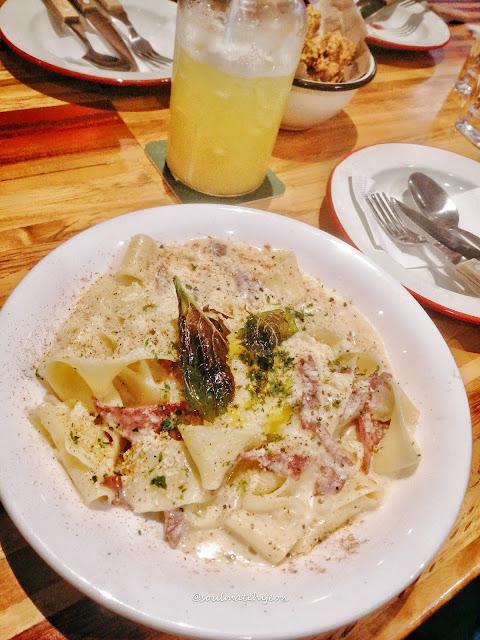 Happy Place Restaurant & Bar, Kota Kinabalu
