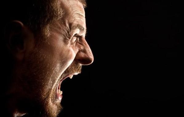 Η αιτία του θυμού και οι 3 «μαγικές» λέξεις που την εξαλείφουν