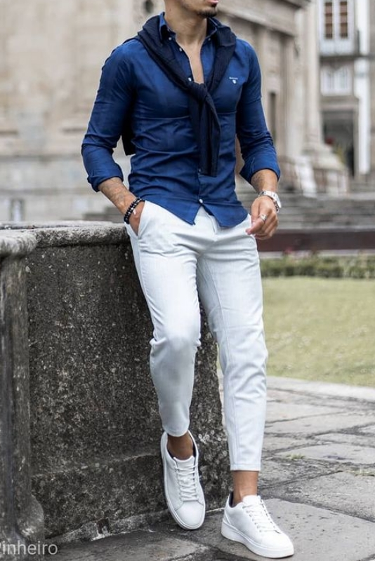 White jeans with blue shirt