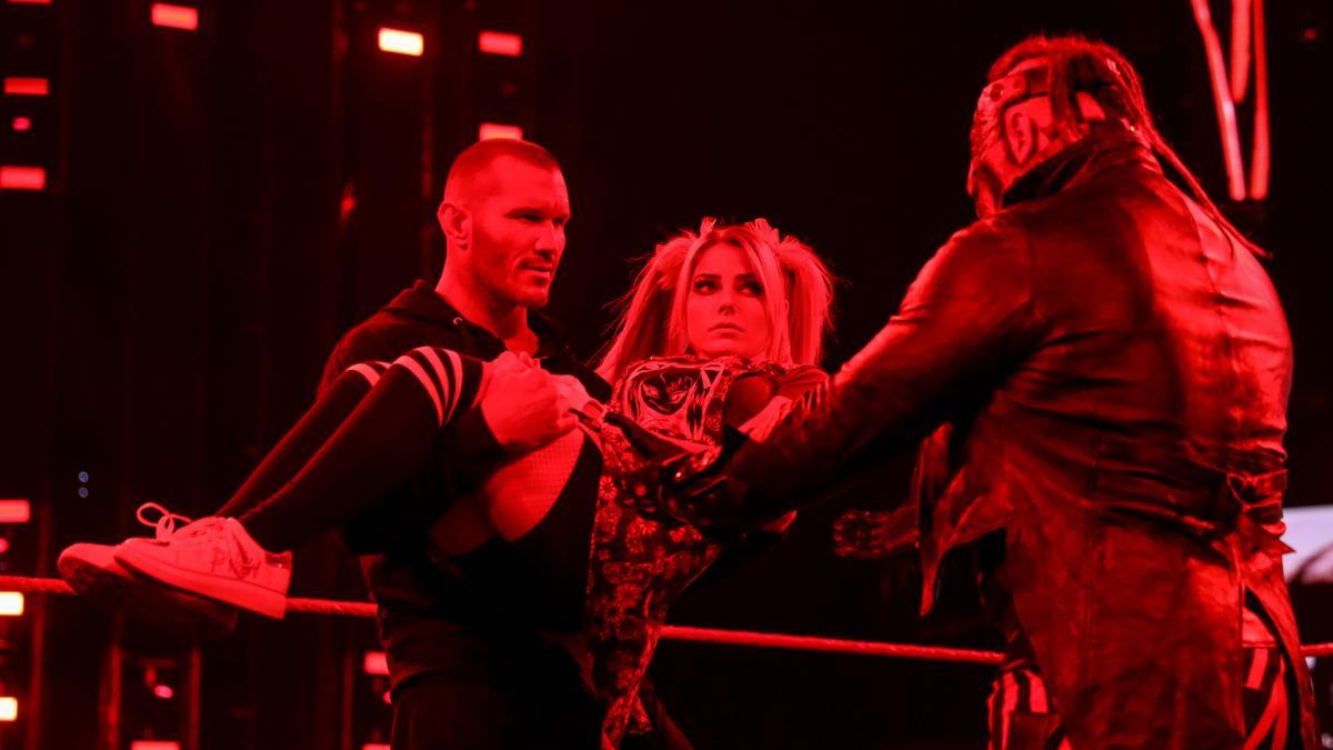 WWE lança pôster especial para The Fiend vs. Randy Orton no TLC