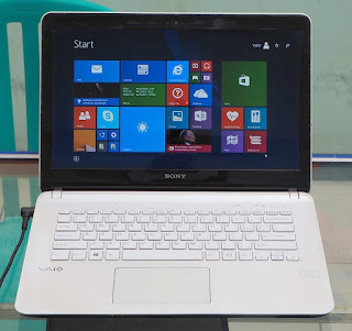 Laptop Sony Vaio SVF14212SGW Bekas