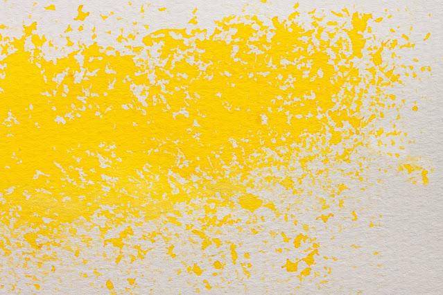 Applicare la pittura alle pareti di casa
