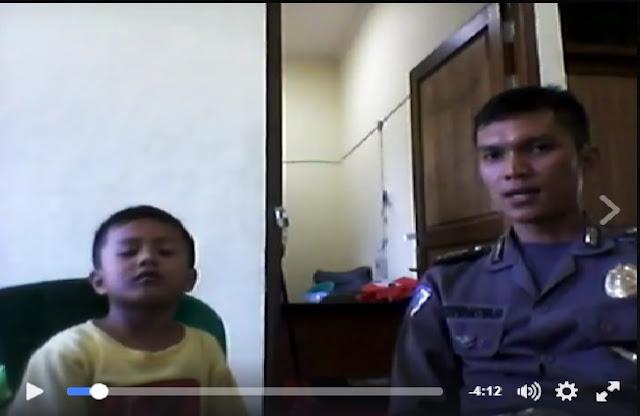 Allahu Akbar!!...Saling Sambung Ayat Alquran Bersama Anaknya di Kantor Polisi, Buat Banyak Orang Takjub