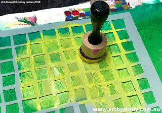 how to use masks and stencils on Jenny's garden of daisies art journal page step-by-step tutorial
