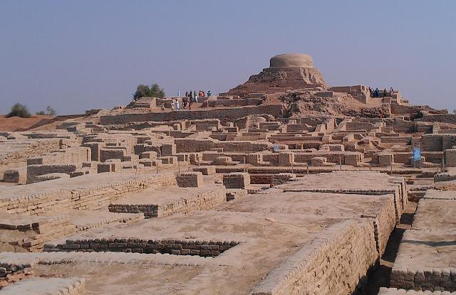 Mohenjo Daro, Mohen-jo-daro, What is mohenjo daro famous for, Mohenjo daro real story, Indus River Valley Civilization, Mohenjo-daro mohenjodaro
