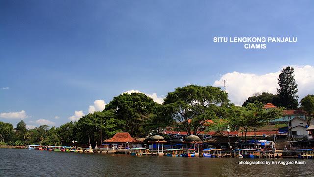 Foto dermaga Situ Lengkong Panjalu di Kabupaten Ciamis.
