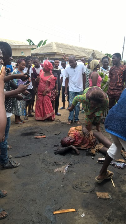 "Murder Gang ""Badoo"" Was Caught Today By Mob In Ikorodu, Lagos State - Photos/Video"