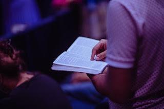 Liturgi Hari Minggu Gereja Toraja - GETOR