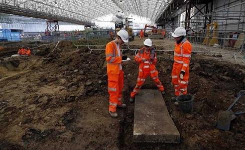Un ancien site funéraire découvert avant la construction d'une ligne de chemin de fer en Angleterre