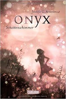 http://www.amazon.de/Obsidian-Band-2-Onyx-Schattenschimmer/dp/3551583323/ref=sr_1_1?ie=UTF8&qid=1436793278&sr=8-1&keywords=onyx