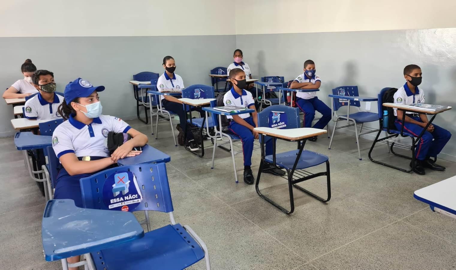 Estudantes das séries finais do Ensino Fundamental retornam às aulas presenciais, em Barreiras