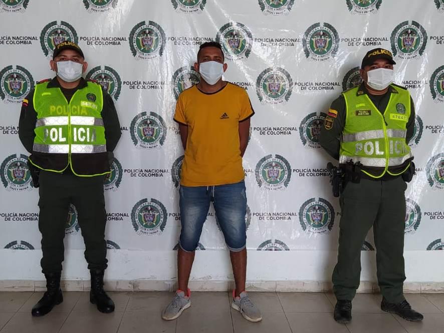 https://www.notasrosas.com/Policía Nacional captura por homicidio en Valledupar, a Alias 'El Gallero'