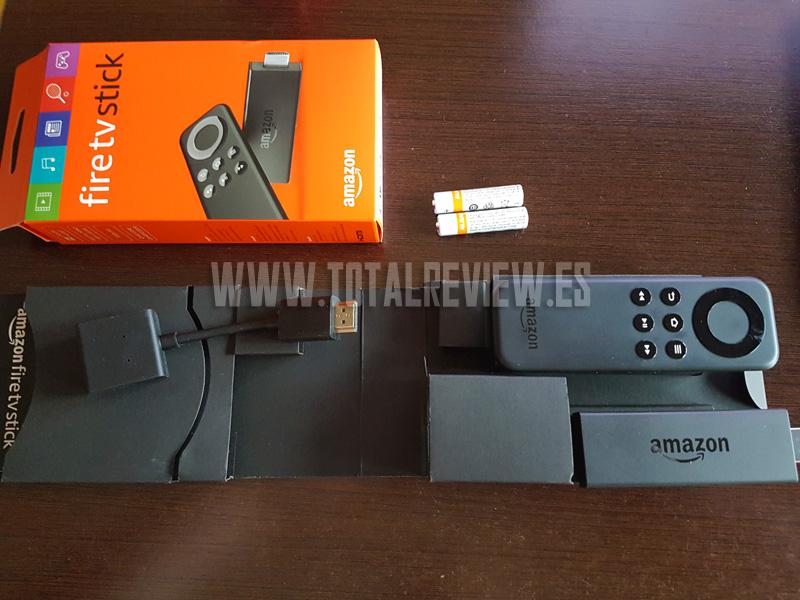 Fire TV Stick vs Chromecast: unboxing
