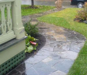 How to Lay Flagstone Walkway With Concrete - 2018 (with Photos)