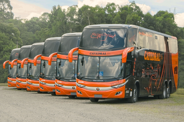 Marcopolo fecha a venda de 58 novos ônibus para a Catedral, de Brasília