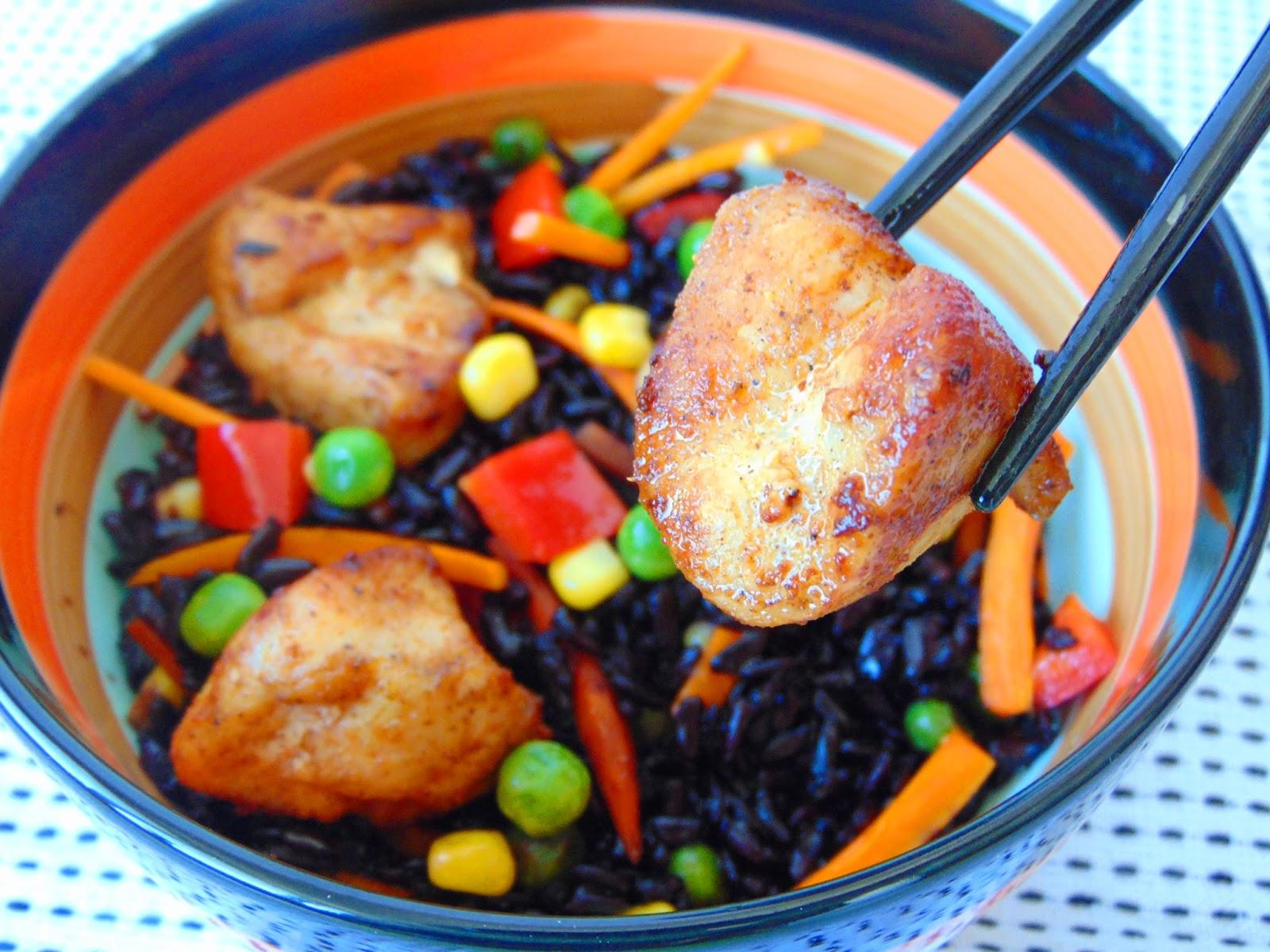 Piept-de-pui-cu-orez-negru-si-legume-2