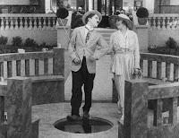 """Кадр из фильма Чарли Чаплина """"Лечение"""" (1917) - 15"""
