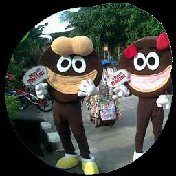 Aksi Badut Maskot Unggul Dalam Promosi