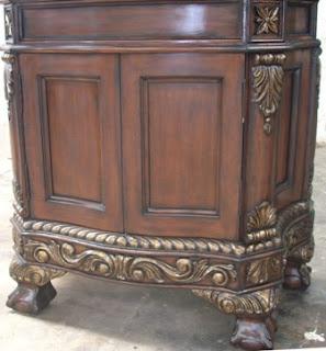 antique mahogany finish