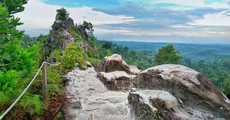 Bukit Batu Dinding, Kalimantan