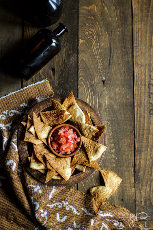 Tortilla Chips mit Salsa