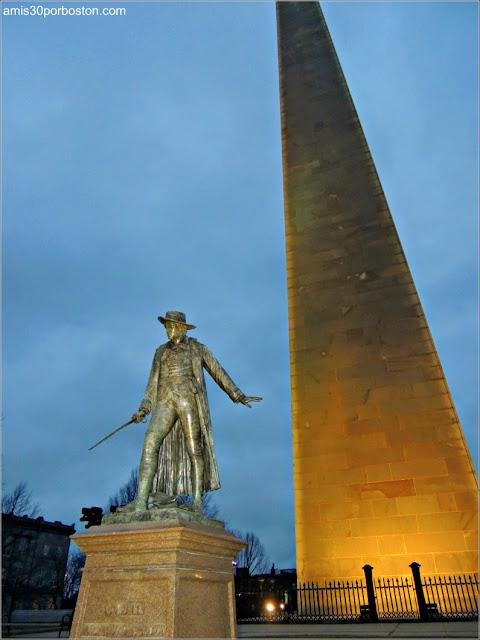 Estatua del Coronel William Prescott en el Monumento de Bunker Hill, Charlestown