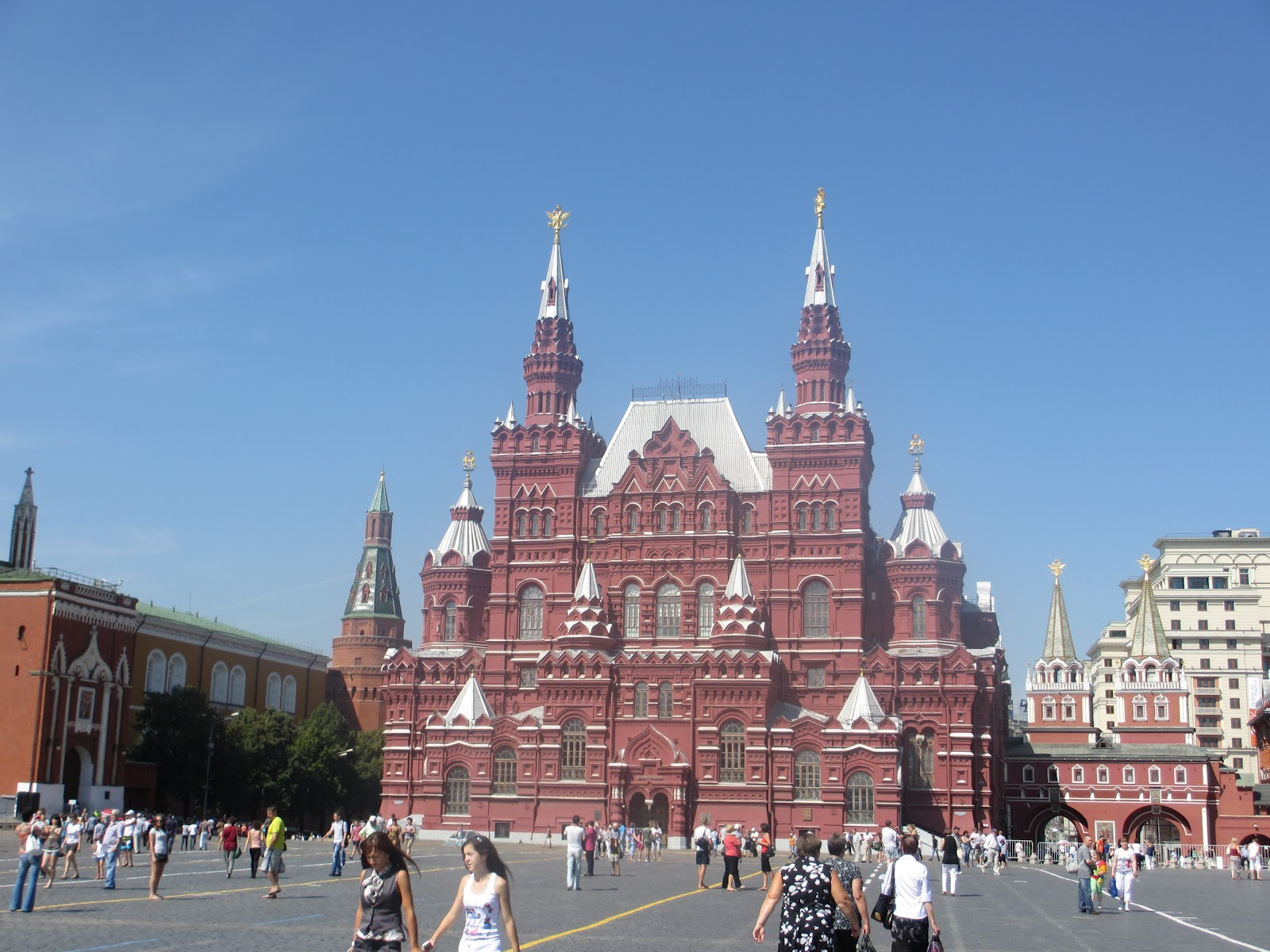 the life of h ernest chen the kremlin and red square