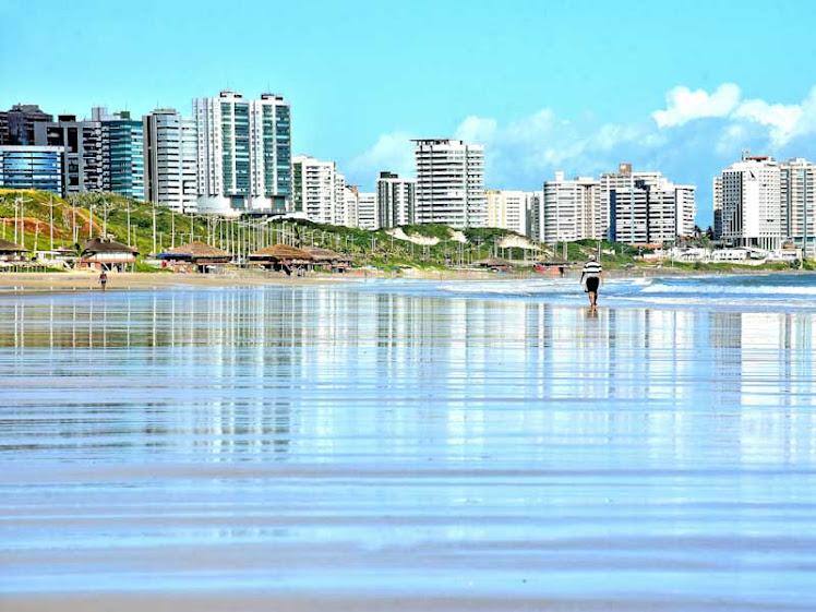Praias de São Luís têm 5 trechos liberados para banho