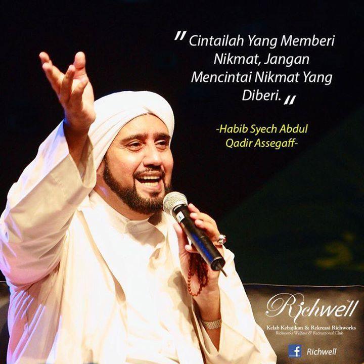 Lirik Teks Alangkah Indahnya Habib Syech Solo