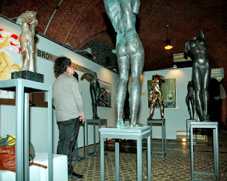 Rzeźby na Warszawskich Targach Sztuki