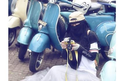 Kisah Selebgram Bercadar, Dulu Dilempar Batu Kini Sukses Jadi Fotografer