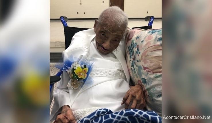 Anciana cumple 106 años
