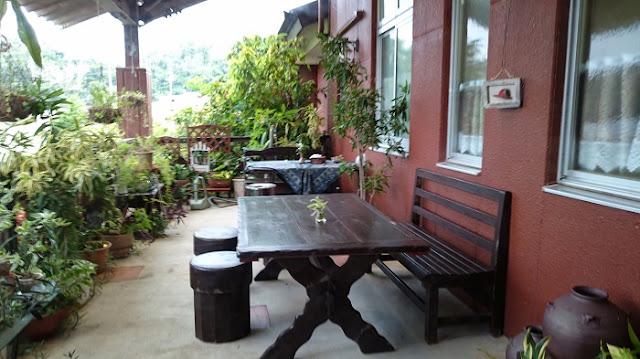 岩盤浴石の湯 伊の前  茶茶るいゆうの屋外席の写真