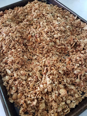 30 Minute Honey Almond Granola, naturally sweetened, no refined sugar!