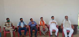मुख्य वक्ता संजय कुमार सिंह राज्य कार्यकारिणी सदस्य जदयू बिहार, सभा को सम्बोधित करते हुए