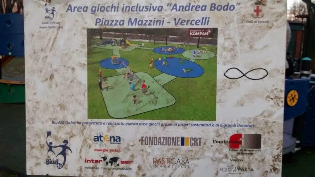 """Parco giochi """"Andrea Bodo"""" Vercelli"""