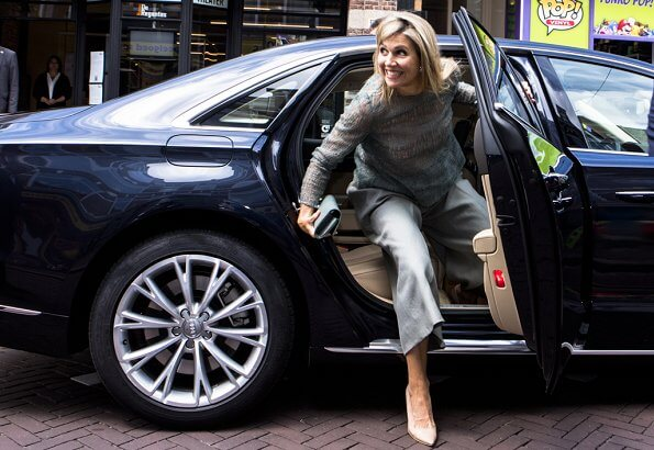 Queen Maxima wore green lace top and pants from Natan Spring Summer 2017 collection.